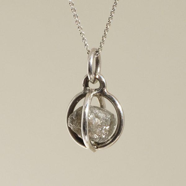 Rohdiamant in Weißgold von Angelika Brinkmann