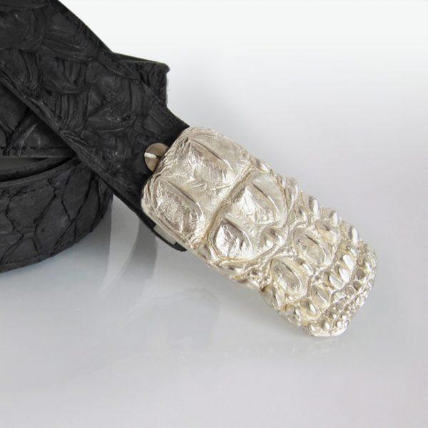 Gürtel aus Papageifisch-Haut mit Caiman-Schließe in Silber von Angelika Brinkmann